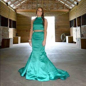 Emerald green two piece sherri hill dress